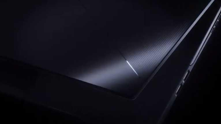 华硕 ROG Zephyrus S17 笔记本预热:液金导热,C 面进气口